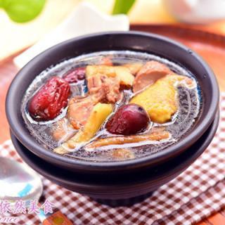 老鸭汤的做法,药膳鸭汤的做法,药膳鸭汤的家常做法