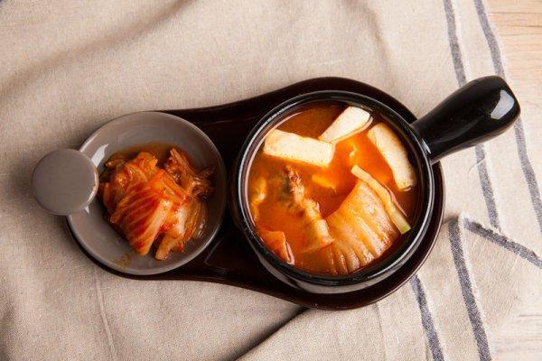 泡菜汤的做法,韩国经典泡菜汤的做法步骤