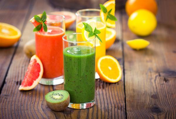 汁怎么做,榨果汁要加水吗 鲜榨果汁怎么做好喝