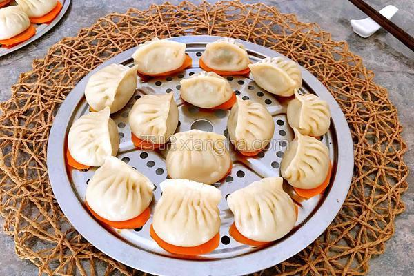 香菇肉馅饺子的做法,香菇肉馅蒸饺