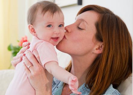 水泡婴儿,新生儿身上长满水泡家长怒骂护士,检查结果让家长不知所措