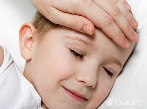 婴儿体温多少算正常,新生儿体温多少度正常?如何维持新生儿正常体温?