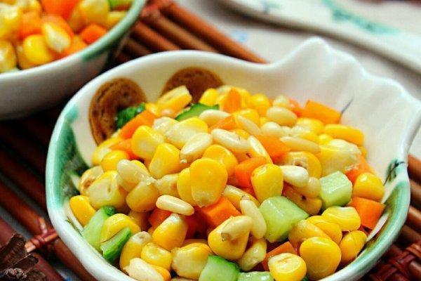 松子玉米的做法,孩子爱吃的松仁玉米的做法步骤