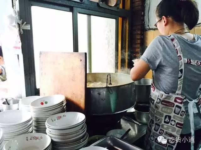 宁波的美食,宁波10家性价比超高的角落头美食,排队吃了10多年了