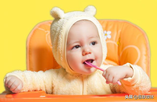 婴儿囟门,宝宝囟门小,不能补维生素D?想让孩子发育好,别错过这个关键期
