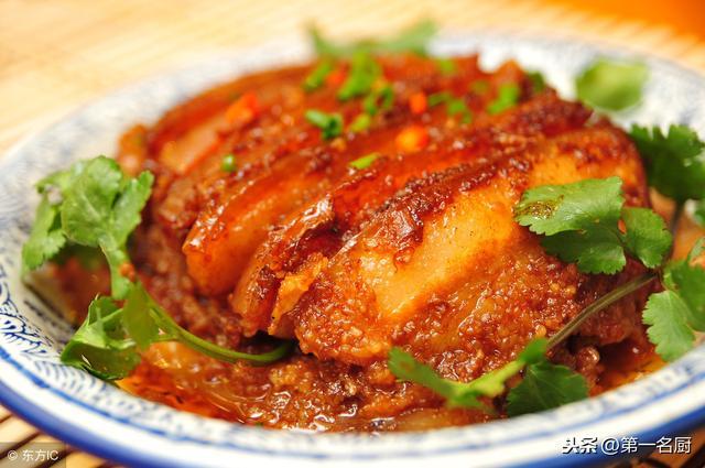 米粉肉的做法,只有宴席上才能吃的粉蒸肉怎么做?大厨教你详细方法,吃着真解馋