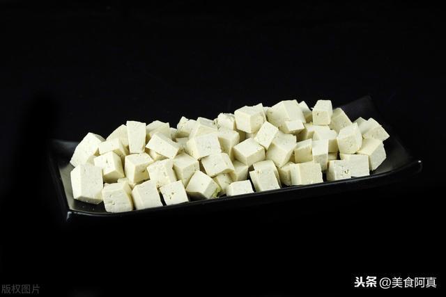 麻婆豆腐怎么做,麻婆豆腐原来这么简单,掌握这个技巧香辣入味,麻辣过瘾好下饭