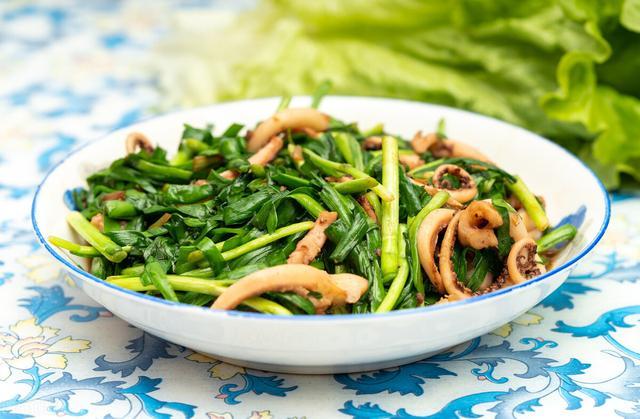 韭菜的吃法,阳春三月韭菜鲜,分享4道家常做法,鲜香味美吃不够,收藏备用