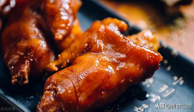 炖猪脚的做法,炖猪蹄时,牢记这1个要点,软烂入味不发腻,细腻离骨超解馋