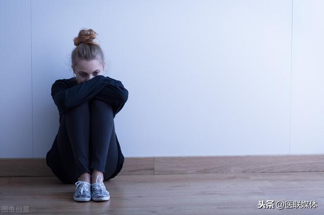 抑郁症有哪些表现,世界精神卫生日:抑郁症不是想不开,有这些症状多注意