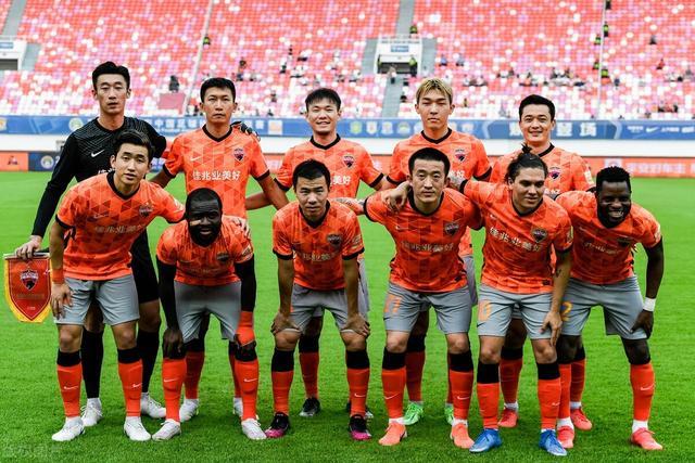 欧洲球队邀中国球员加盟:带着赞助商来 王霜有望再赴豪门踢球 全球新闻风头榜 第2张