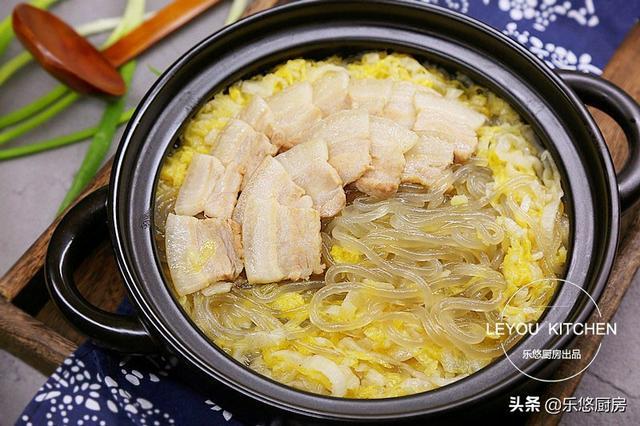 泡菜的做法,每到冬天就想吃酸菜,4种做法,热热乎乎煮一锅,酸爽开胃