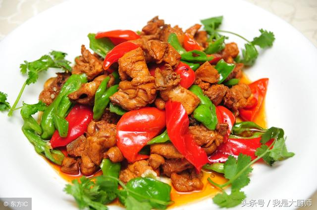 正宗大盘鸡的做法步骤,新疆大盘鸡的做法,怪不得自己做的不好吃,原来这才是正宗的配方