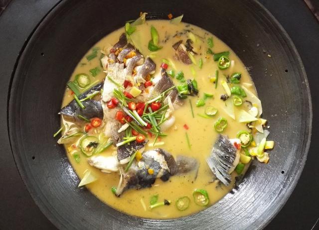 鱼汤怎么做,鱼汤怎么做最鲜美!五星大厨教你一个做法,每次做的都不够吃!