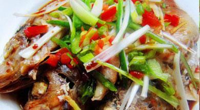 红鱼的做法,美味的清蒸红鱼做法
