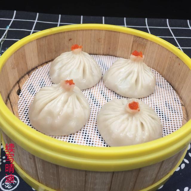 小笼包的做法和配方,广式早茶:灌汤小笼包的详细配方做法分享,网友问:汤从何来?