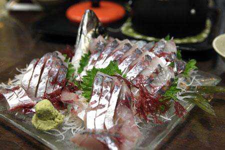 鱼生的吃法,教你生鱼片的正确吃法
