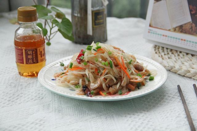 虾干的做法,虾干这样做,鲜香开胃,爽口辣滋滋,做法简单,新手小白也能学会