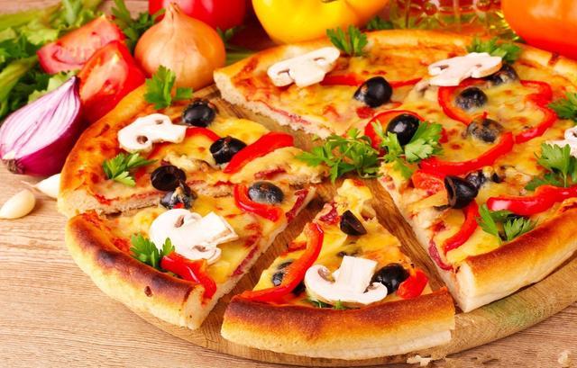 披萨的做法大全,48种披萨的做法,自己在家就能做,口感酥脆美味,家里小孩特爱吃