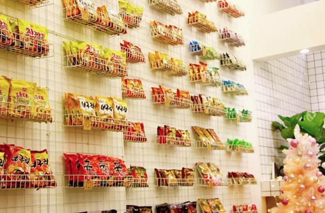 康师傅饮料品种,28种经典方便面大盘点,海鲜、酱汁、豚骨……50多种特色风味