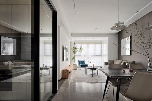 家装设计师的房子长什么样?没有多余的设计,一进门就是高级感