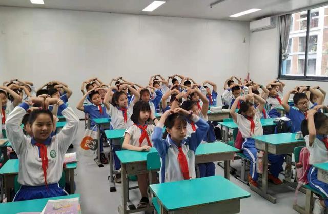 一 一 的成语,小学语文必考知识点「词语搭配」,5道常考试题,收藏给孩子练手