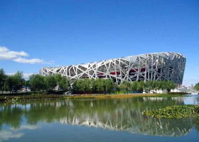 """鸟巢简介,中国投资34亿修建的""""鸟巢"""",在奥运会举办完后,又会做什么用呢"""