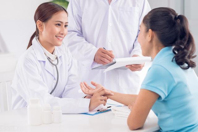 第一次怎么做,女性第一次会出血?性生活减肥?女性必知的4个妇科知识,很重要
