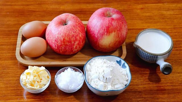 鸡蛋糕的做法,2个苹果,2个鸡蛋,这是苹果蛋糕的做法,懒人必备,吃着不发腻