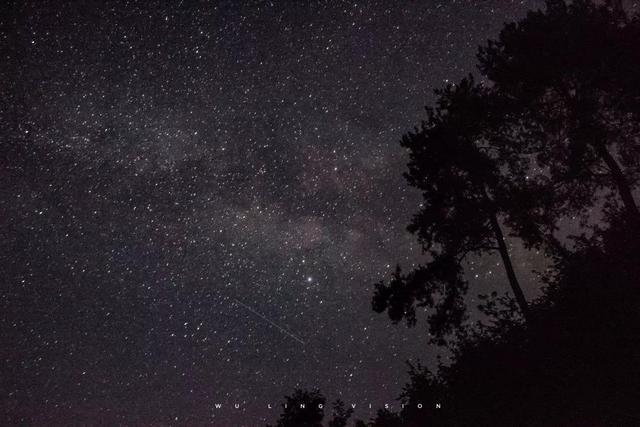 描写月光的句子,文案丨那些超浪漫的星星月亮短句子