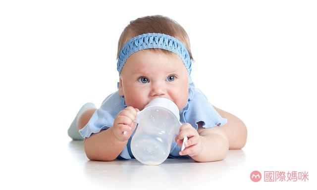 初生婴儿奶粉,排名前十的婴儿奶粉哪款好,看看你家宝宝的奶粉在榜吗?