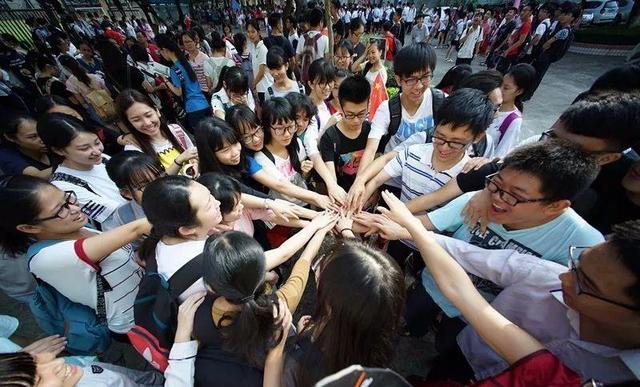 参加高考的条件,2021年,5类学生不高考也能上大学?还有4类人不能参加高考
