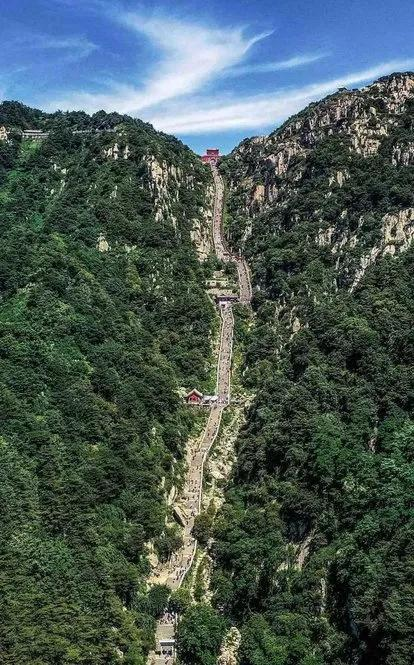 描写大自然的句子,十大系列之中国十大名山(人文历史篇)
