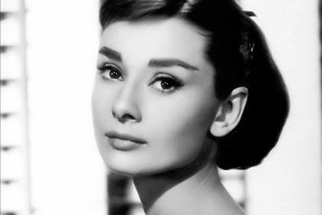 女性的特征,卡耐基:有魅力的女人,身上一般都有这5个特征,看看你有没有?