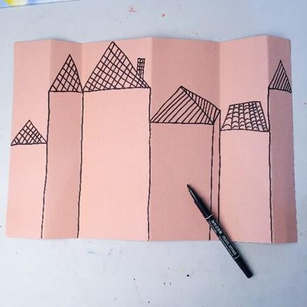 窗怎么做,少儿美术《美妙的窗户》,立体贴纸创作,呈现不一样的美
