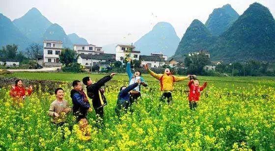 旅游业的意义,在全面促进乡村振兴的历史进程中,乡村旅游具有十分重要的意义