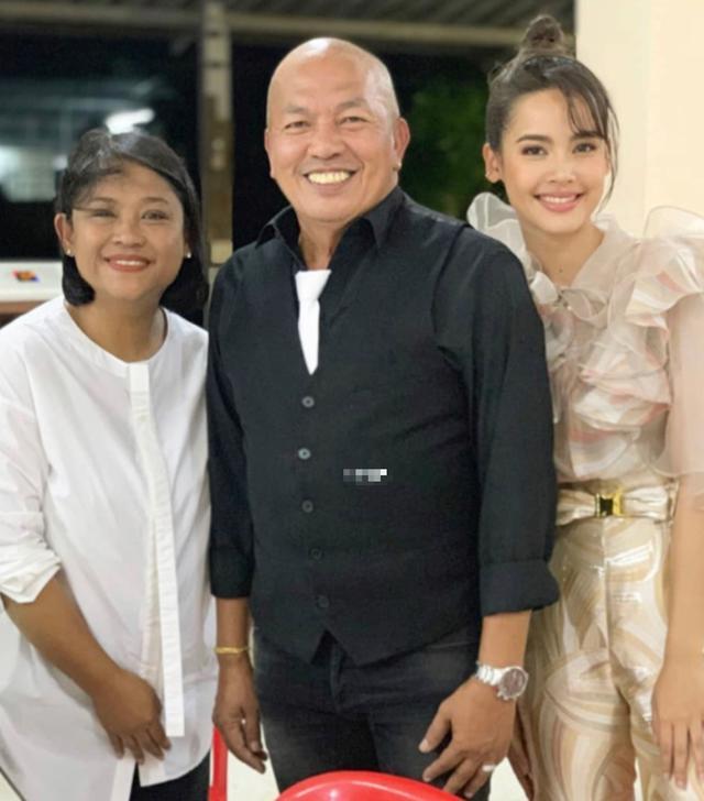 泰国国宝级演员kom染新冠不幸去世!确诊仅18天,临终饱受折磨 全球新闻风头榜 第4张