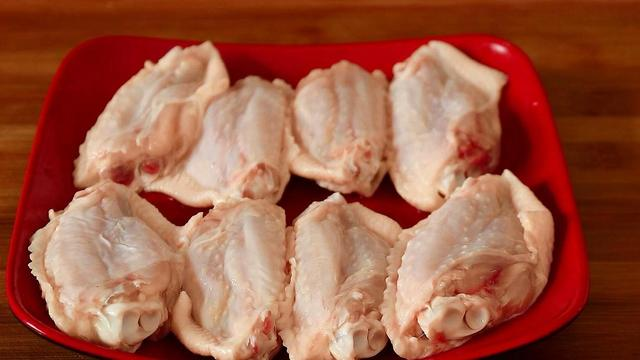 鸡翅的做法,这才是鸡翅最好吃的做法,不用可乐,不加1滴水,上桌就吃光