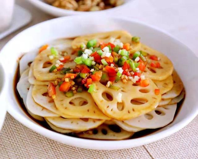 家常莲藕的做法,这十道莲藕的家常做法,是吃藕季节必备的,收藏起来吧