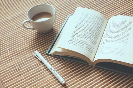 书到用时方恨少下一句诗词是什么,阅读笔记:黑发不知勤学早,白发方悔读书迟