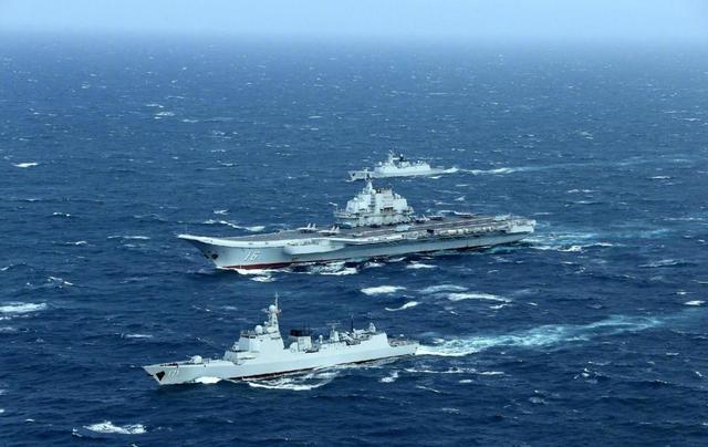 中国军舰发布信息,派出辽宁号航母此次有055保驾护航,三,辽