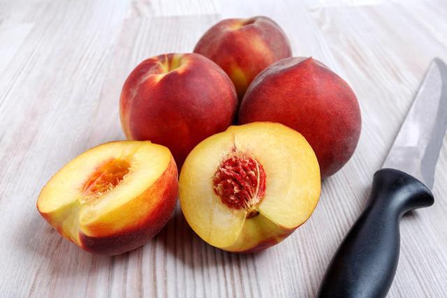 桃的吃法,不要光用啃的,桃子的这些花样吃法,你知道吗?