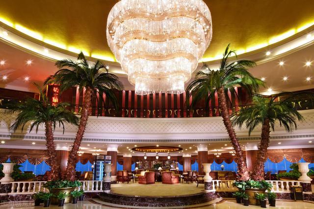 酒店营销策划方案,顶尖的营销布局思维,高端酒店如何筛选客户后端持续引流赚钱揭秘