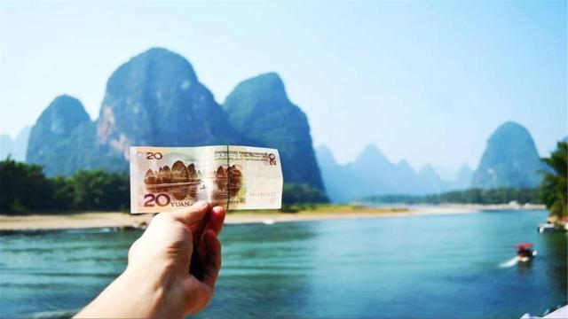 七星岩风景区,广西一个5A景区,名字和丽江只差一个字,游客却不比丽江少