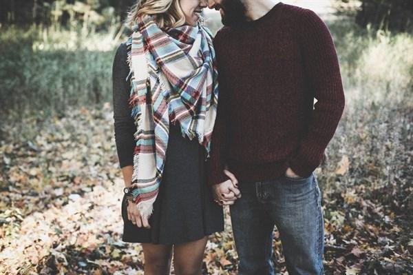 爱情的句子说说心情,暖心甜蜜的爱情说说,经典短句,让人受用一生