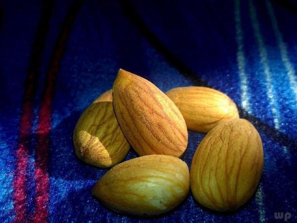 杏仁的吃法,杏仁的3种做法,健脑益智又美容养颜,家家都能做,常吃好处多
