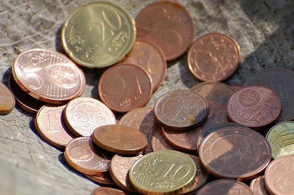 周公解梦梦见捡钱,周公解梦梦见捡钱 不同人不同寓意