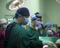 怎么做丰胸手术,假体丰胸首选棉花糖丰胸,唱着歌的丰胸手术