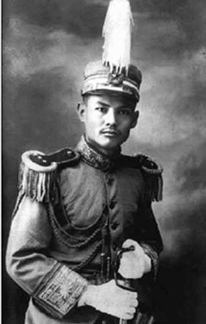 叶剑英简介,他是新中国元帅,救过孙中山,关键之时四次力挽狂澜