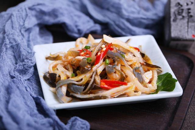 豚汤的吃法,一次打卡河豚的N种吃法 红烧和白烧是永恒的经典吃法